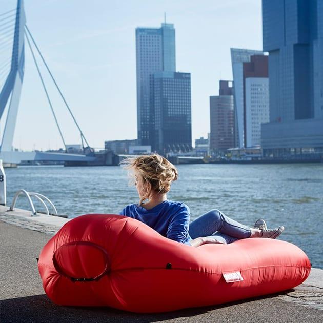 Lamzac L von fatboy – komfortables und praktisches Luft-Sofa