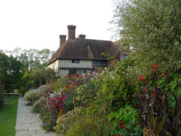 Great Dixter House & Gardens - Northiam East Sussex click to go to site.
