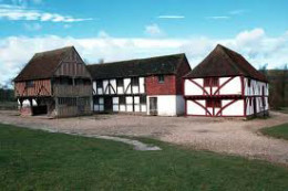 Weald & Downland Open Air Museum - Singleton West Sussex click to go to site.