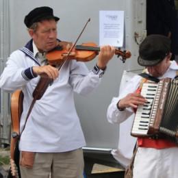 Falmouth International Sea Shanty Festival - June click to go to site.