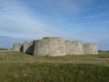 Blog Thumbnail - Camber Castle Walk