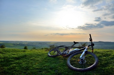 Blog Thumbnail - Muddy trails in Sussex!