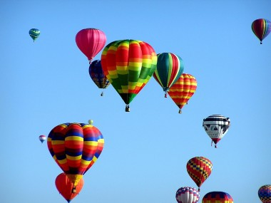 Blog Thumbnail - Eastbourne's First Hot Air Balloon Festival
