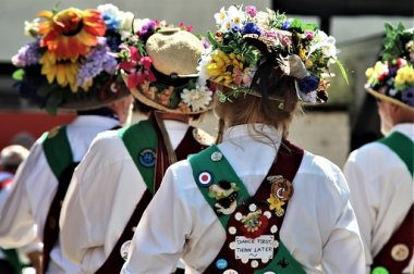 Blog Small Thumbnail - 5 Must-See Sussex Traditions