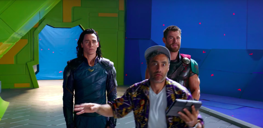 Taika Waititi on the set of Thor Ragnarok with Chris Hemsworth and Tom Hiddleston