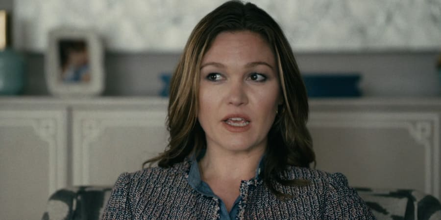 Julia Stiles in Hustlers