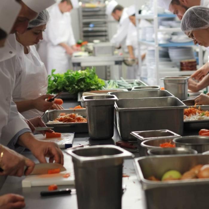 Centre De Formation Cuisine Cqp A Carnoules Cote D Azur
