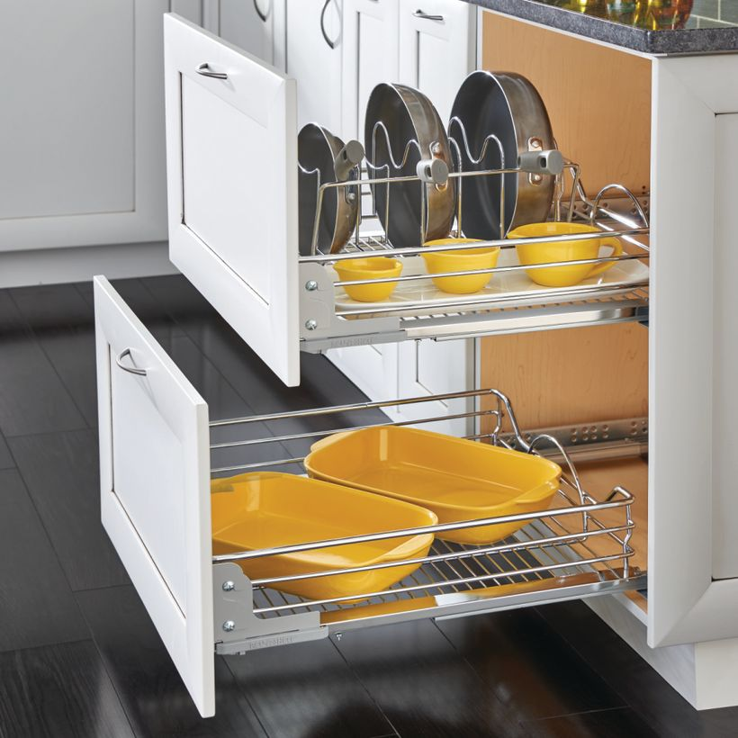5730 Series Soft-Close Pull-Out Chrome Basket