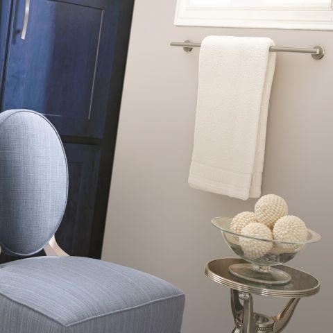 "Arrondi™ 24"" (610mm) Center to Center Towel Bar"