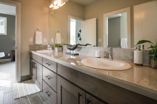 Since bathroom remodeling can involve a number of elements, the project can also have several points of concern.