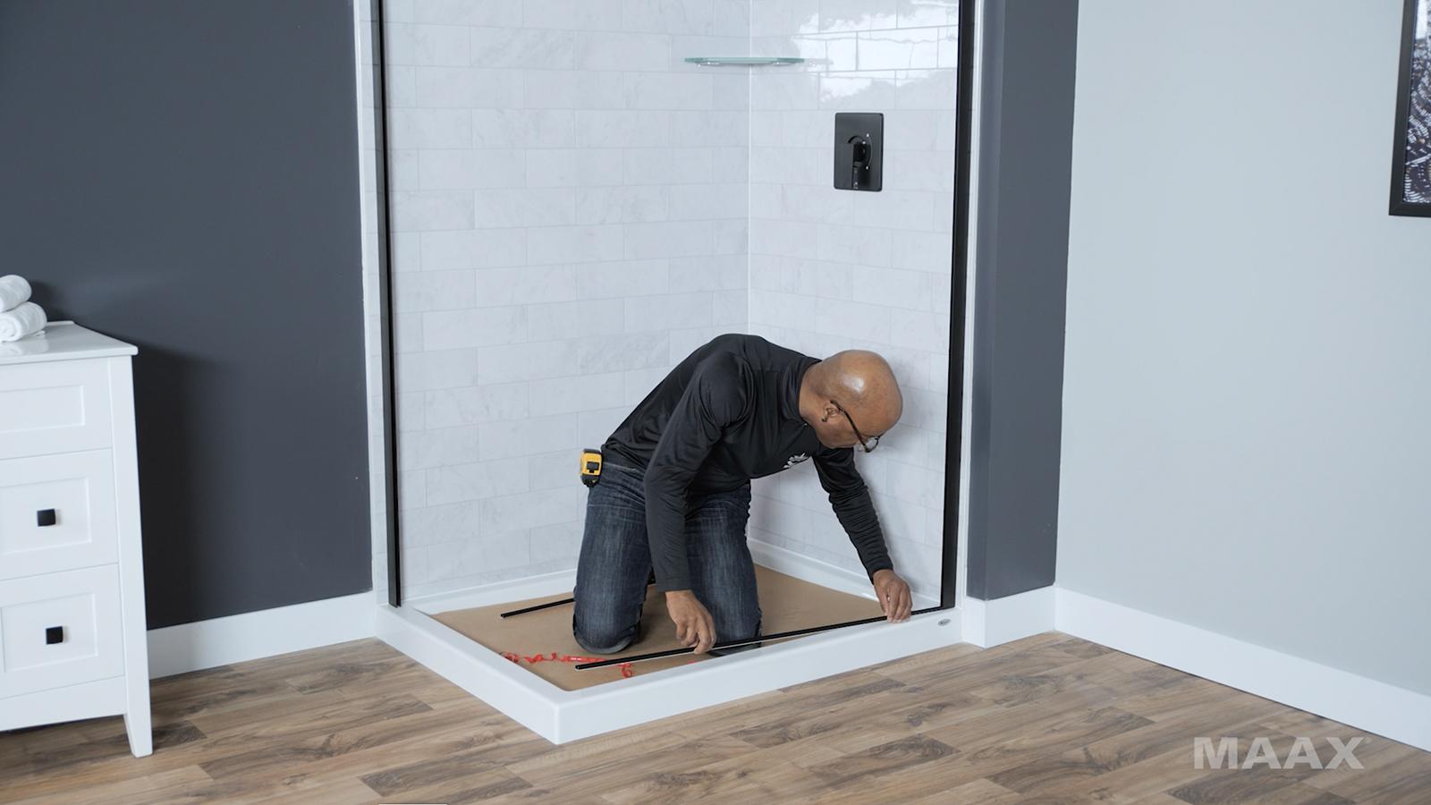 Reveal Sleek - Porte de douche à pivot - Vidéo d'installation