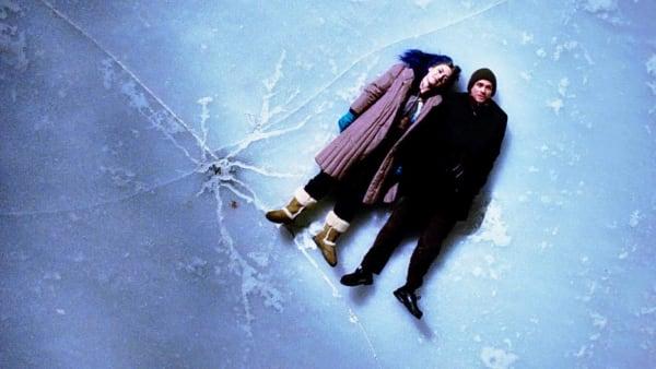 درخشش ابدی یک ذهن پاک (۲۰۰۴)