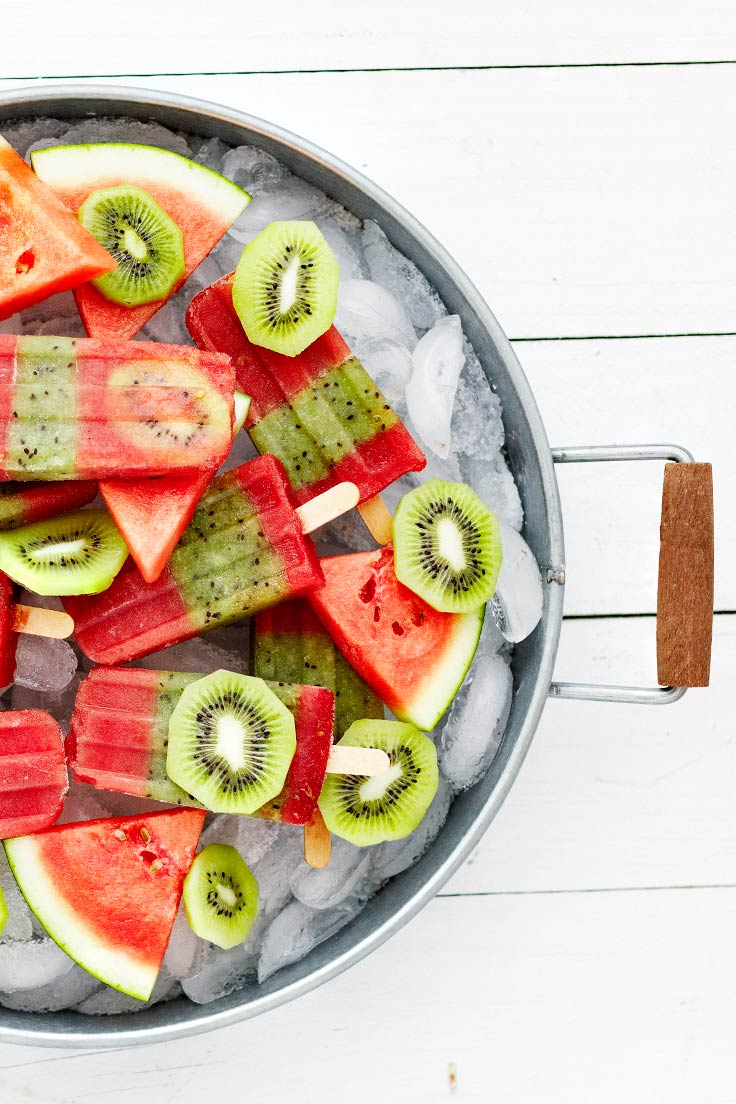 Amoretti Recipe: Kiwi Watermelon Popsicle on ice