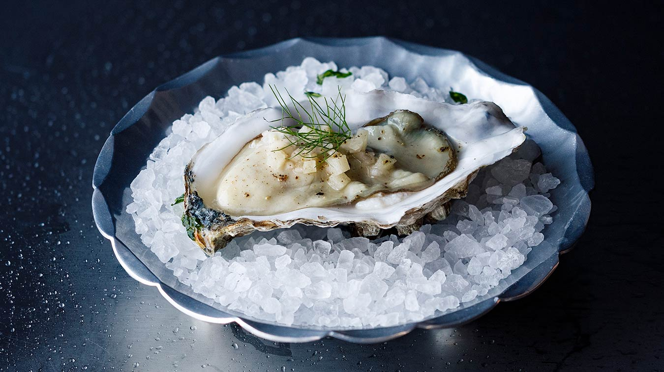 Amoretti Recipe: Oysters with Apple Fennel Mignonette