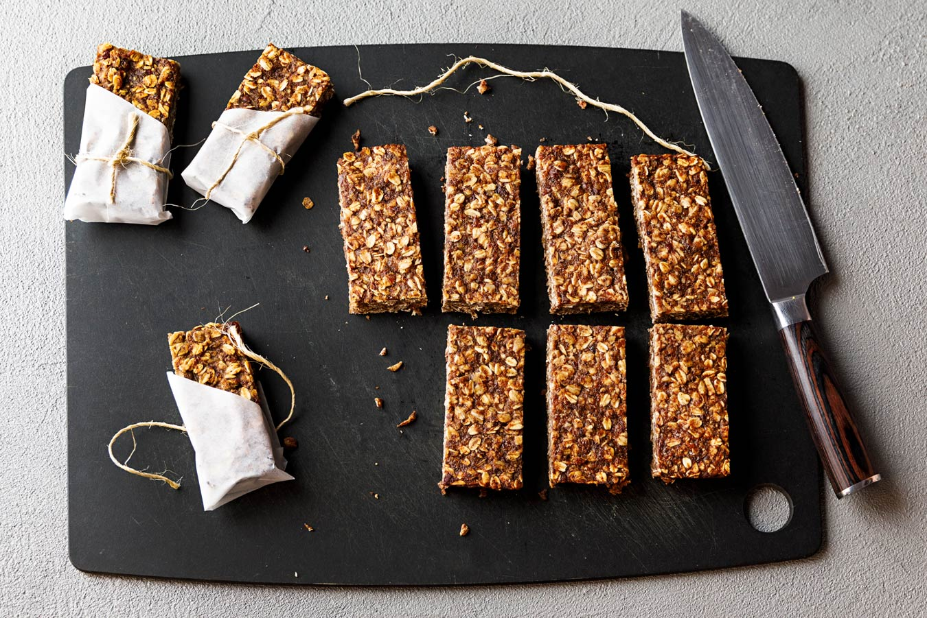 Amoretti Recipe: Pecan Oat Bars