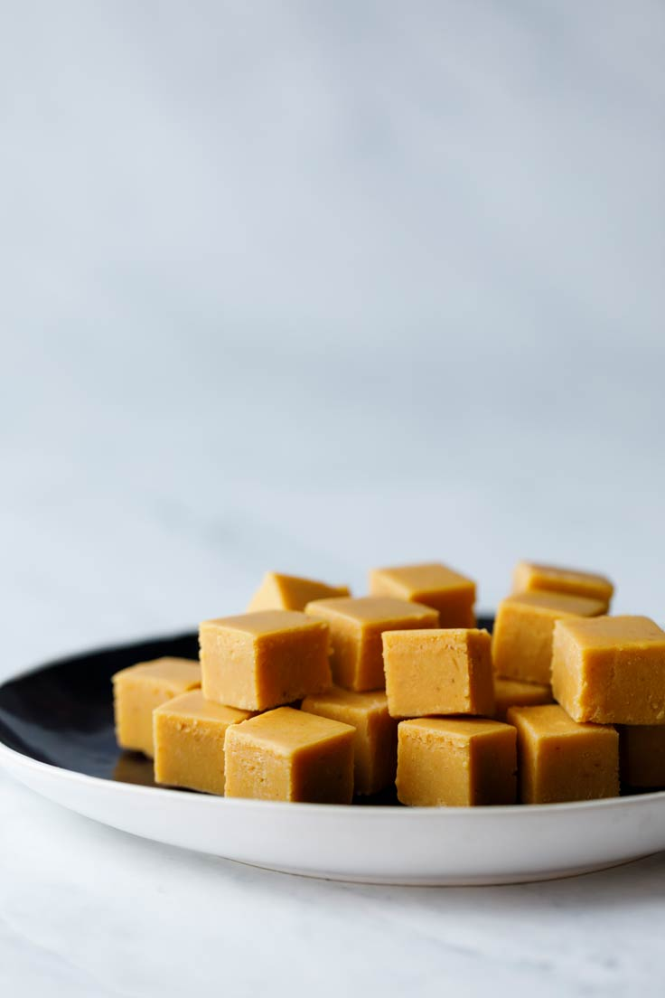 Amoretti Recipe: Pumpkin Spice Fudge
