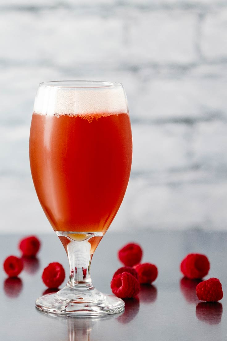 Amoretti Recipe: Berliner Weisse with Raspberry Craft Puree