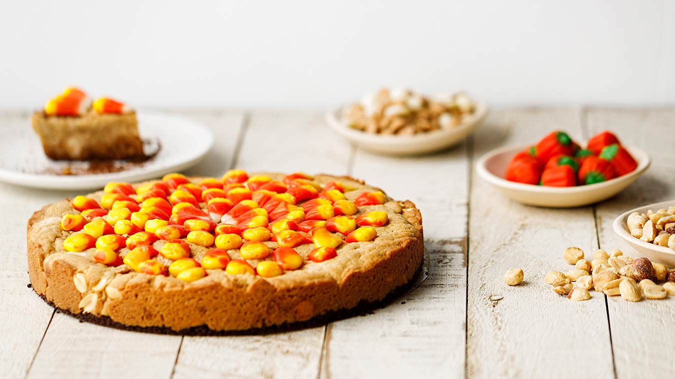 Amoretti Recipe: Candy Corn Peanut Blondies
