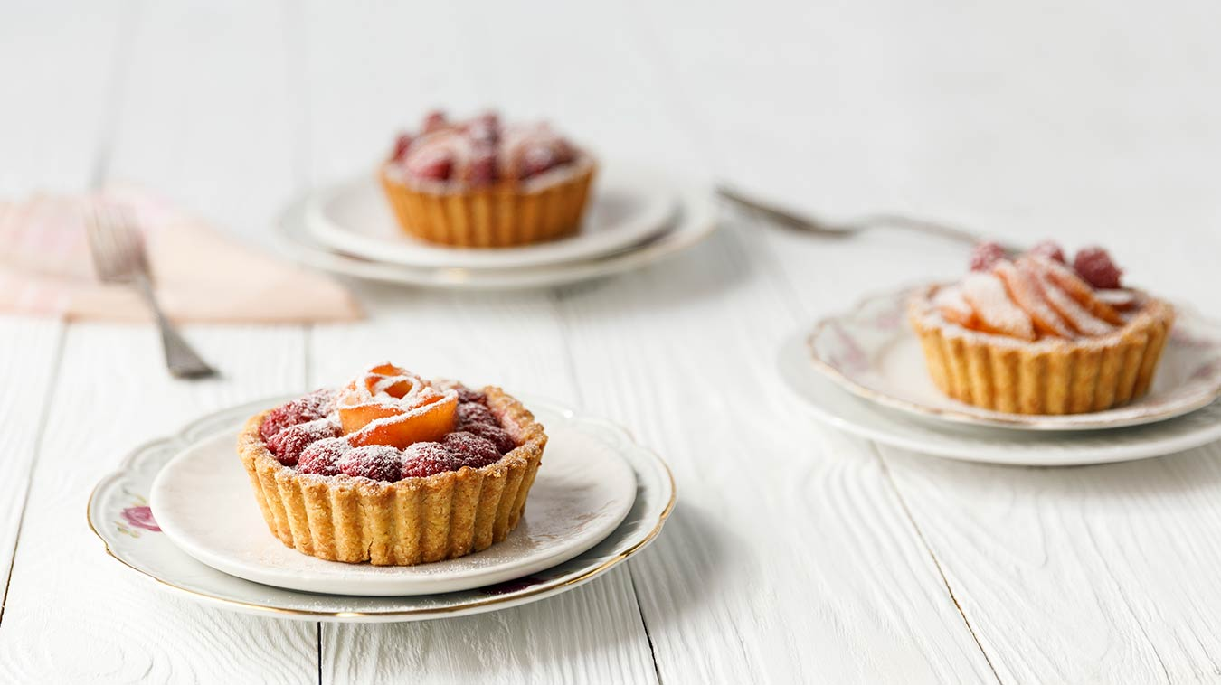 Amoretti Peach & Raspberry Tarts Recipe