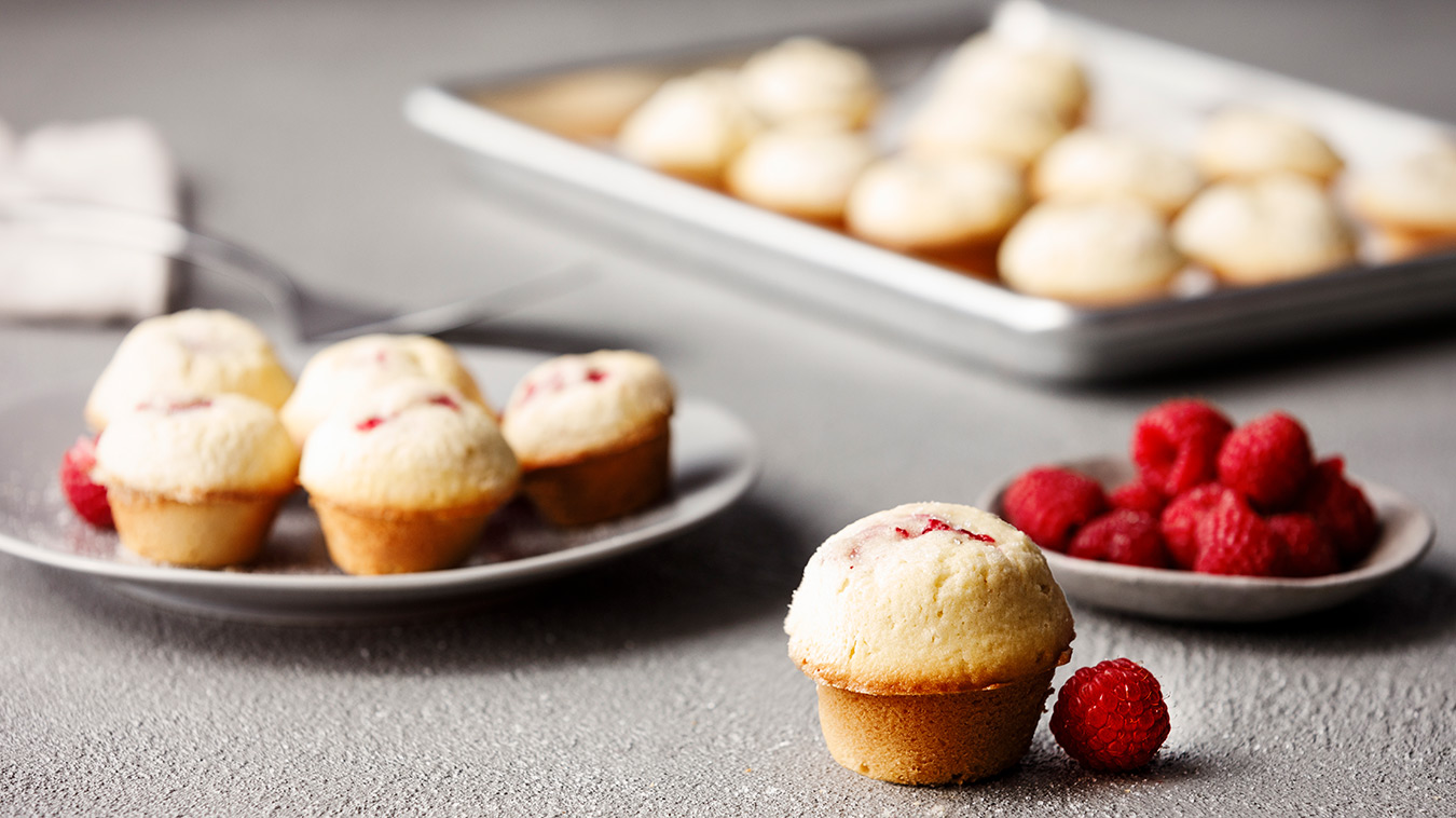 Amoretti Recipe: Coconut Raspberry Muffins