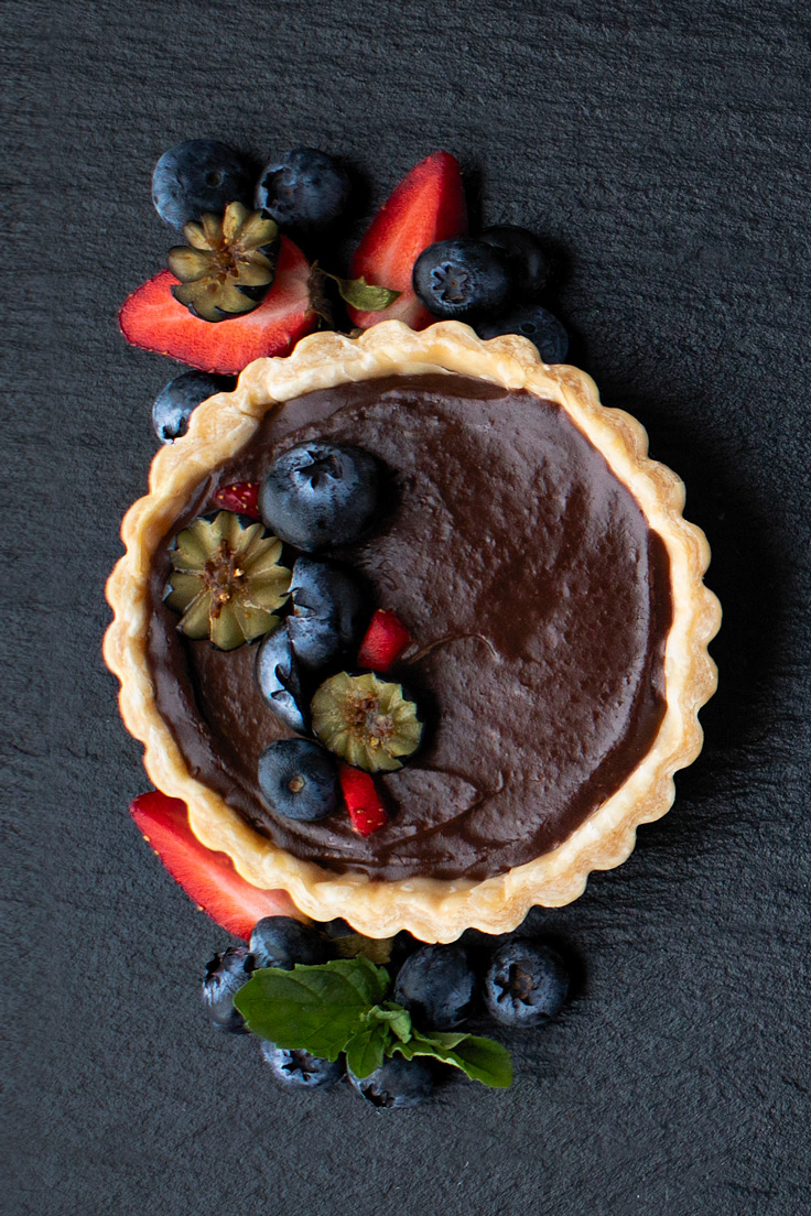 Amoretti Almond Dark Chocolate Cream Pie Recipe with berries