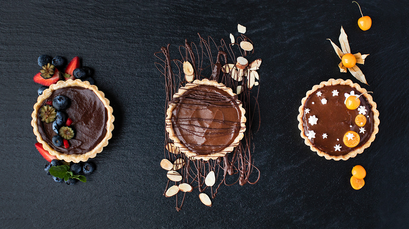 Amoretti Recipe: Almond Dark Chocolate Cream Pie