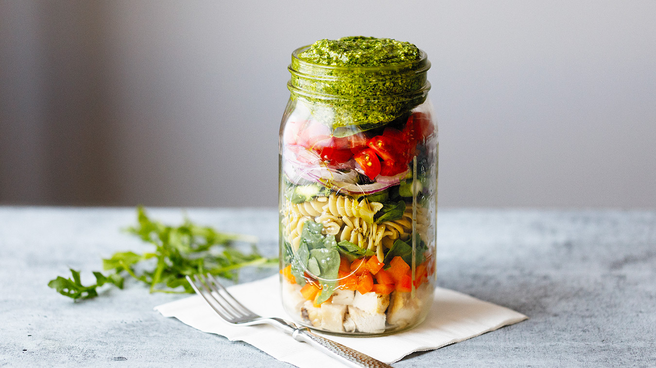 Amoretti Recipe: Arugula Pecan Pesto Pasta Salad in a jar