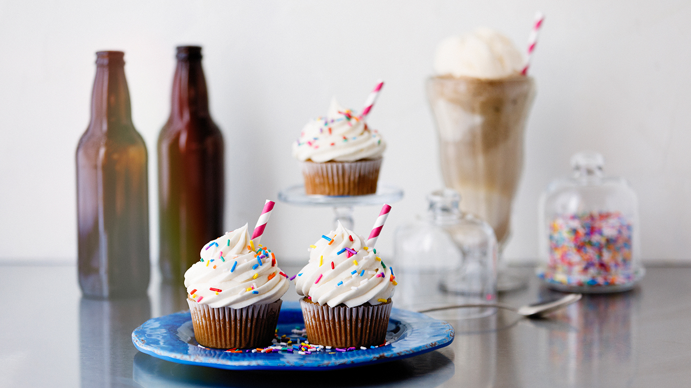 Amoretti Recipe: Root Beer Float Cupcakes