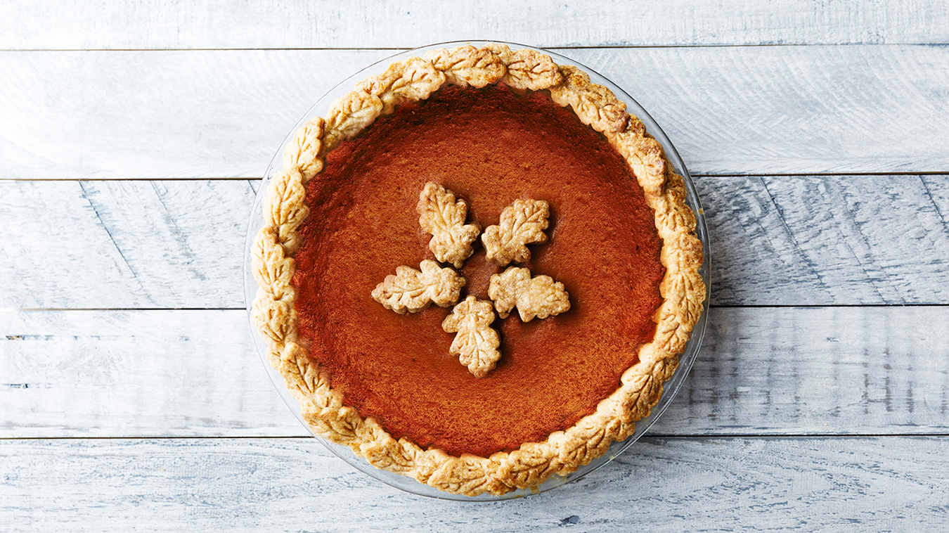 Amoretti Recipe: Classic Pumpkin Pie with Pumpkin Pie Crust