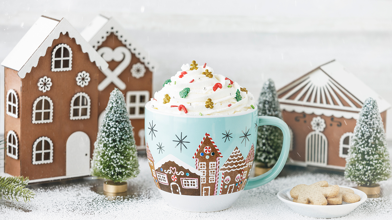 Amoretti Recipe: Gingerbread White Hot Chocolate