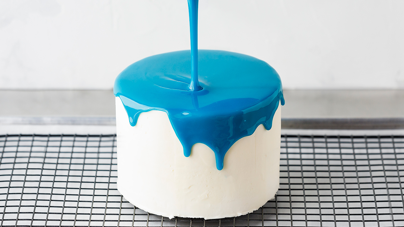 Amoretti Recipe: Mirror Glaze