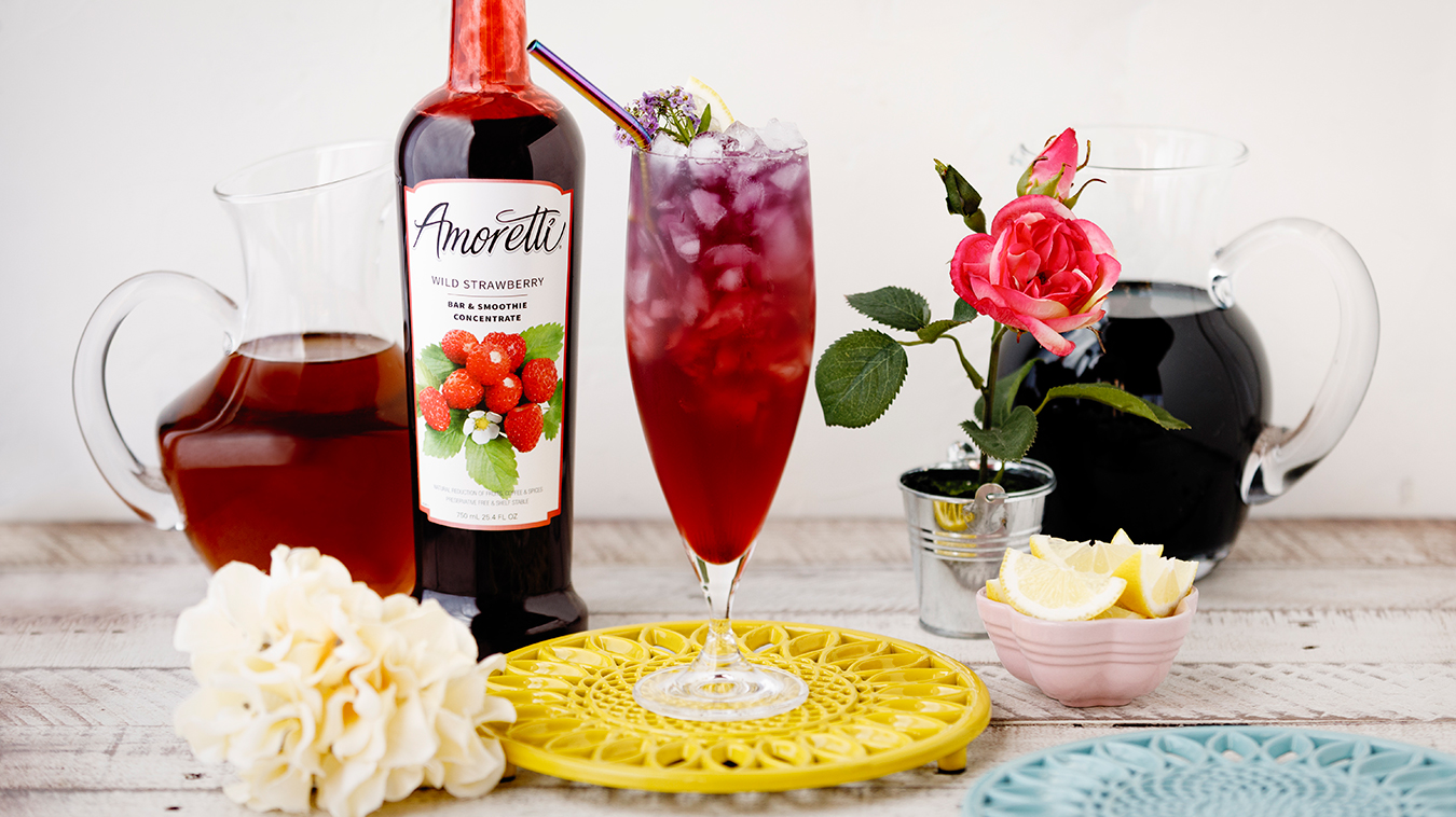 Amoretti Recipe: Butterfly Iced Tea with Wild Strawberry Bar & Smoothie Concentrate