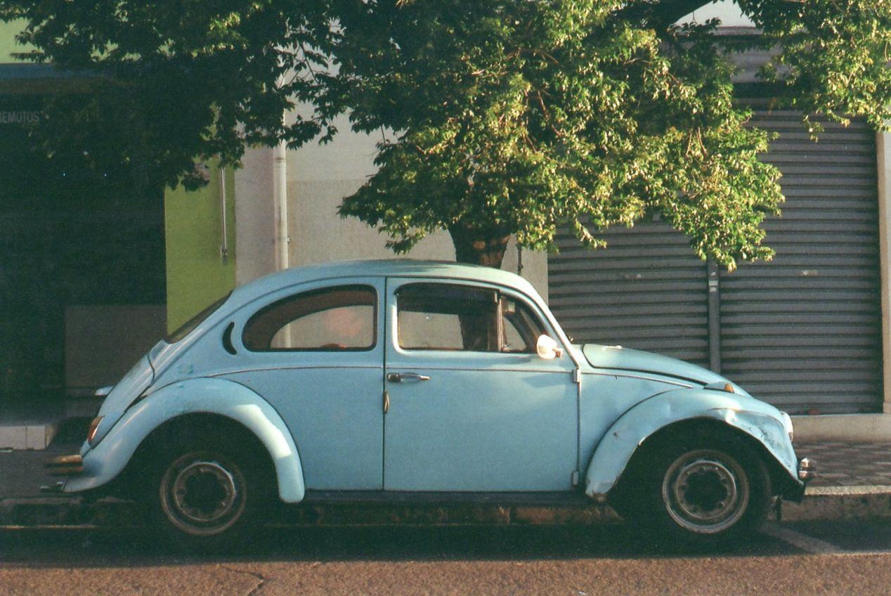 """Fusca Azul."" Pentax K1000, Pentax-A 1:2 50mm lens, Kodak ColorPlus 200."