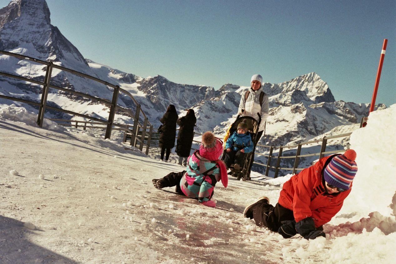 Borderless commonalities. — Zermatt.