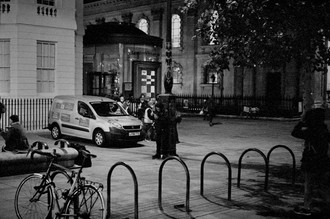 Van setting up a food station next to the St. Martin-in-the-Fields church, Trafalgar Square, Autumn 2020 (Kodak T-Max 3200, pulled to ISO 800).