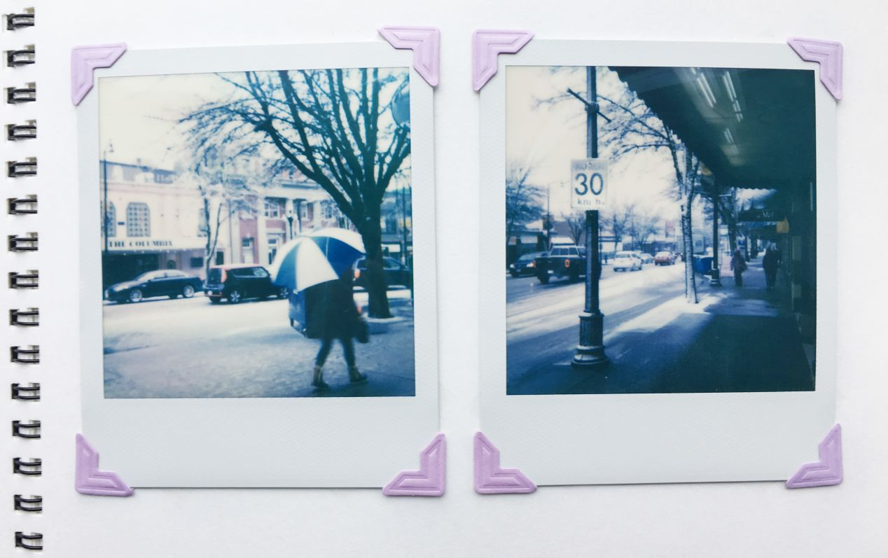 Despite its size and conspicuous appearance, Polaroid 660 is a great camera for street photography.