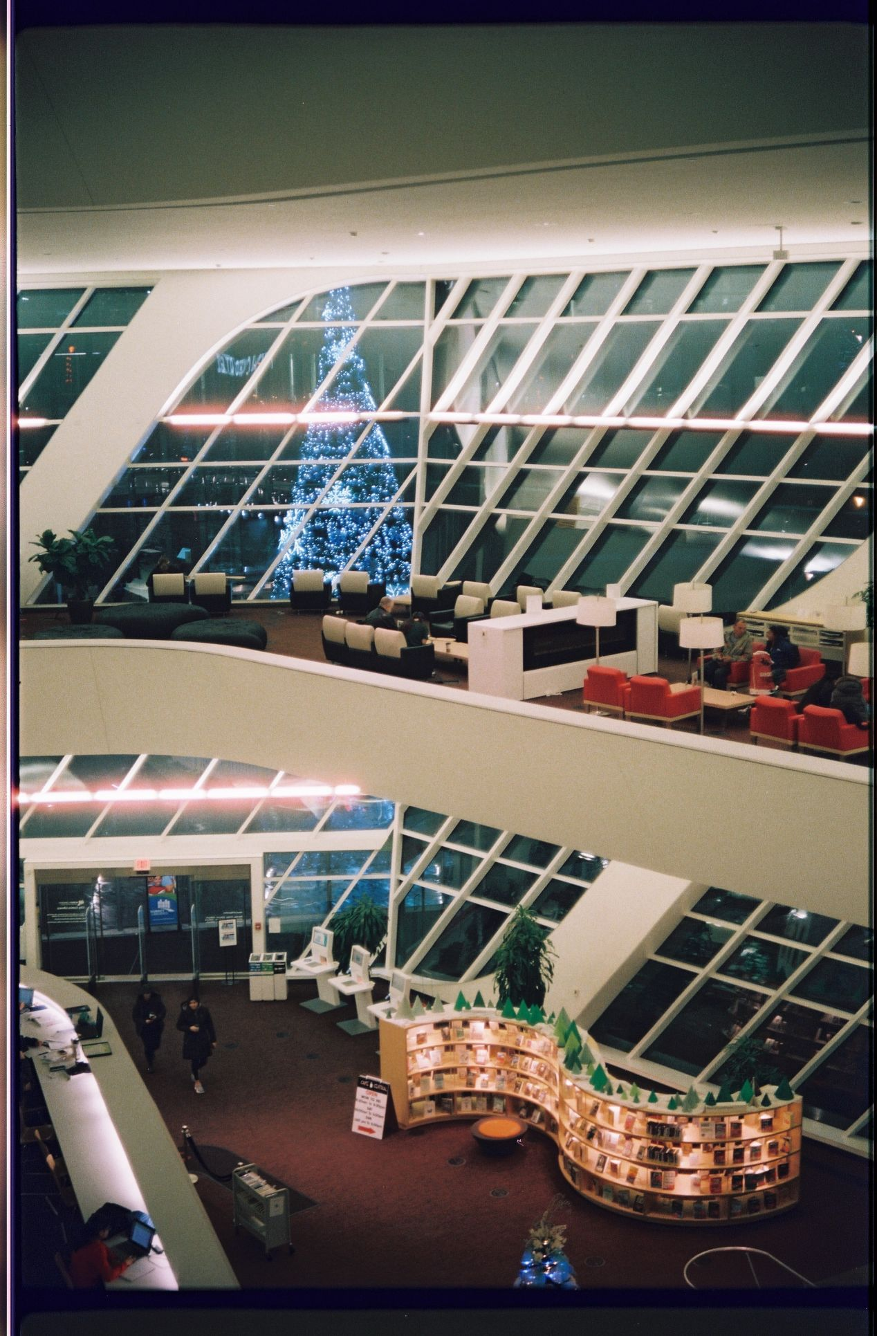 I'm lucky to have such a fancy space at a local library. This is how it used to look before the pandemic.