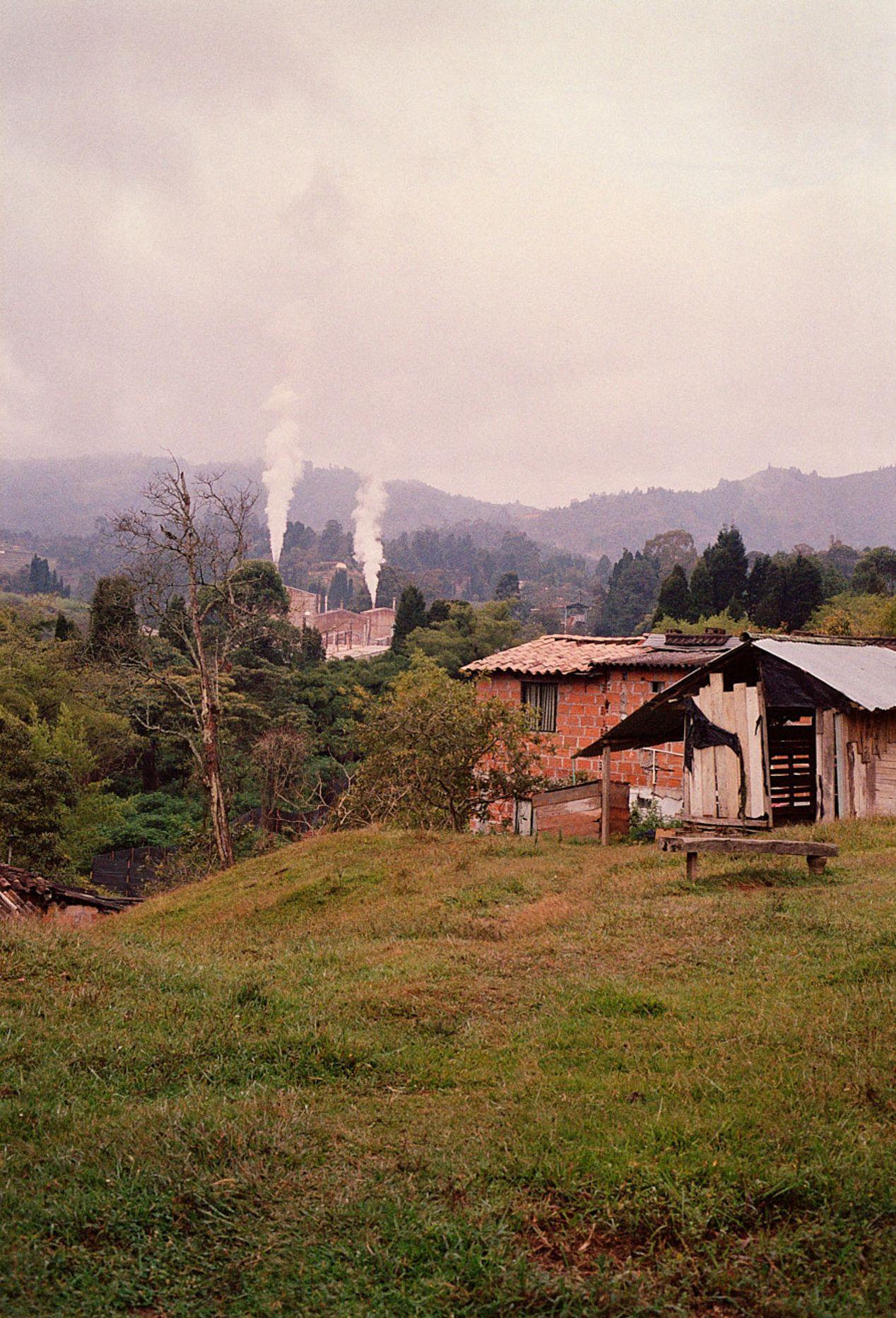 A nondescript scene in rural Colombia. Shot on Kodak Portra 400 with Minolta XD-7 and MD Rokkor 50mm f/1.4.