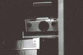Polaroid Land SX-70 Instant Camera Guide