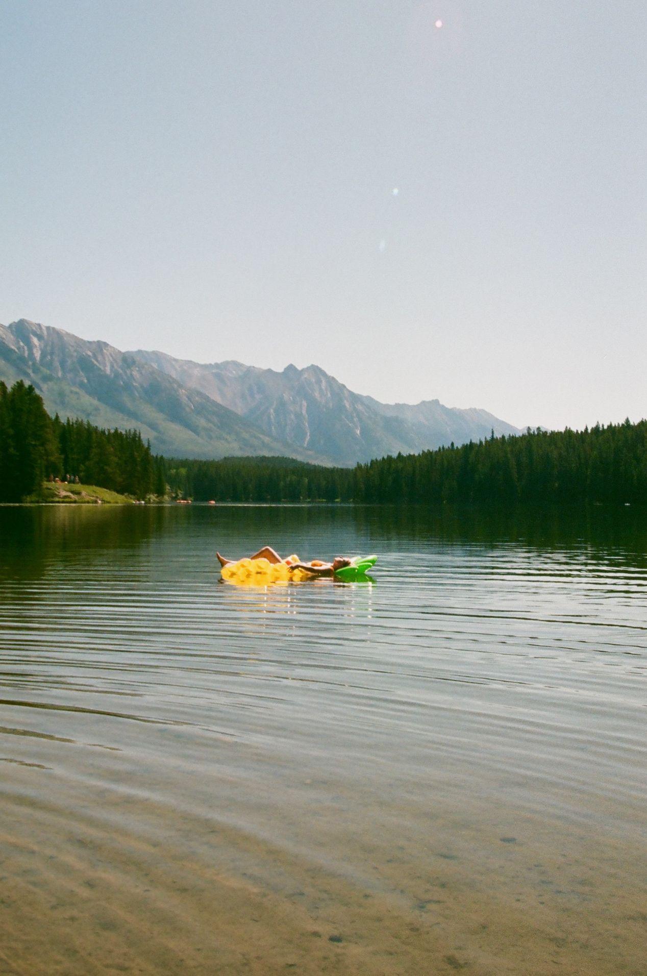 The serenity of Johnson Lake.