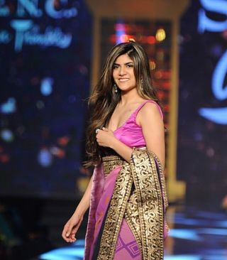 Ananya Birla showcases a creation by Shaina NC at the 12th annual 'Fevicol Caring with Style'
