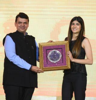 CM Devendra Fadnavis felicitates Ananya Birla