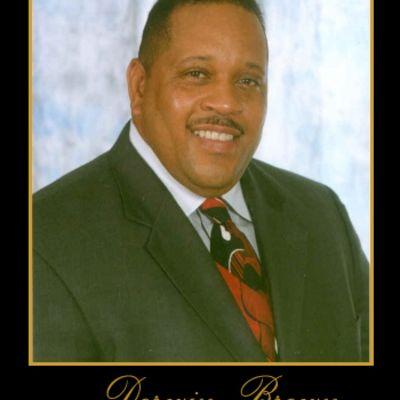 Derwin  Brown