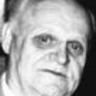 Walter  Szymanoski