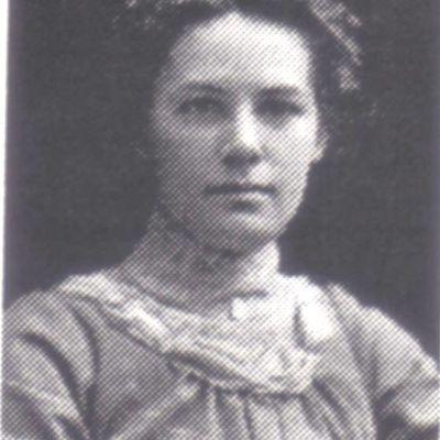 Charlotte  Darrow