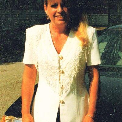 Donna  Combs