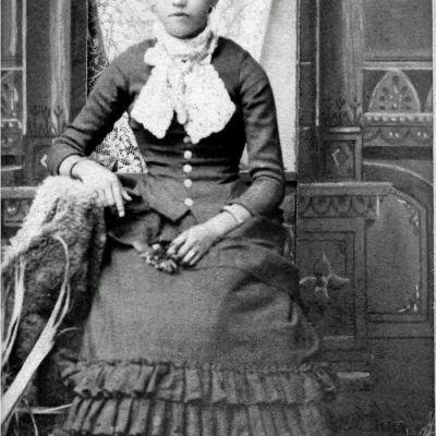 Charlotte  Henderson