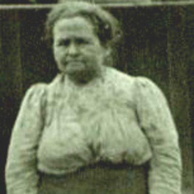 Olivia  Carnes