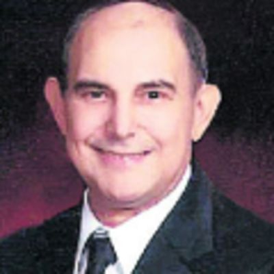 Dennis  Potami