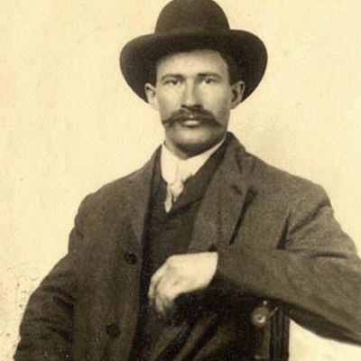 Abraham  Henrickson